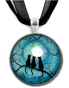 three black cats pendant